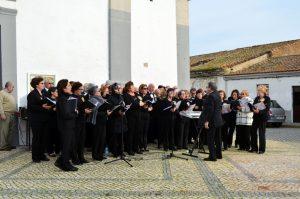 Atuação do Coro Polifónico em Vila Nova de São Bento