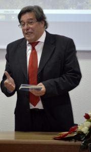 """Quarta-feira Cultural: apresentação  do livro """"Relicário de Infância"""" do  aluno Gualdino Rodrigues"""